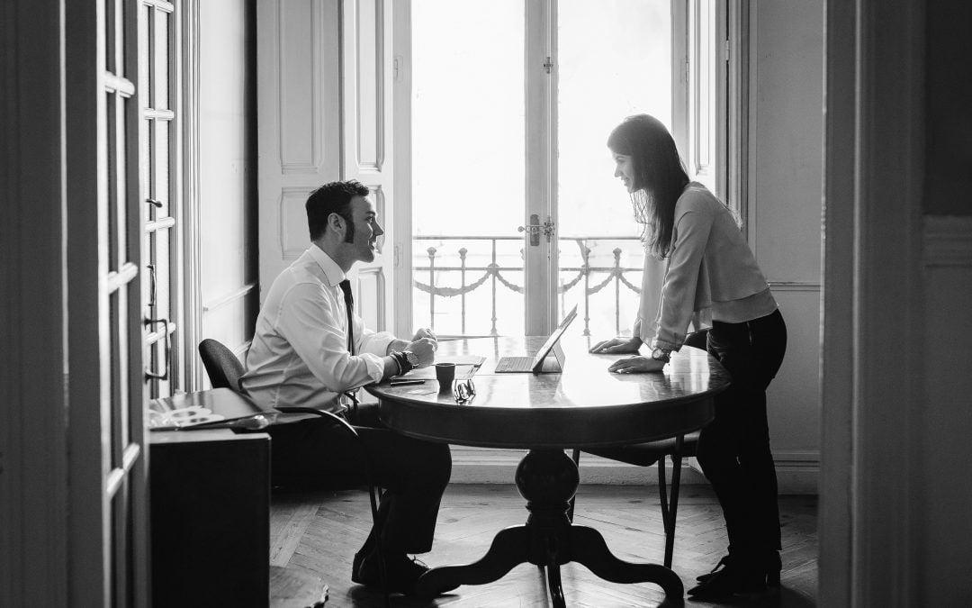 Tener nueva pareja en casa puede extinguir el uso de la vivienda familiar tras un divorcio.