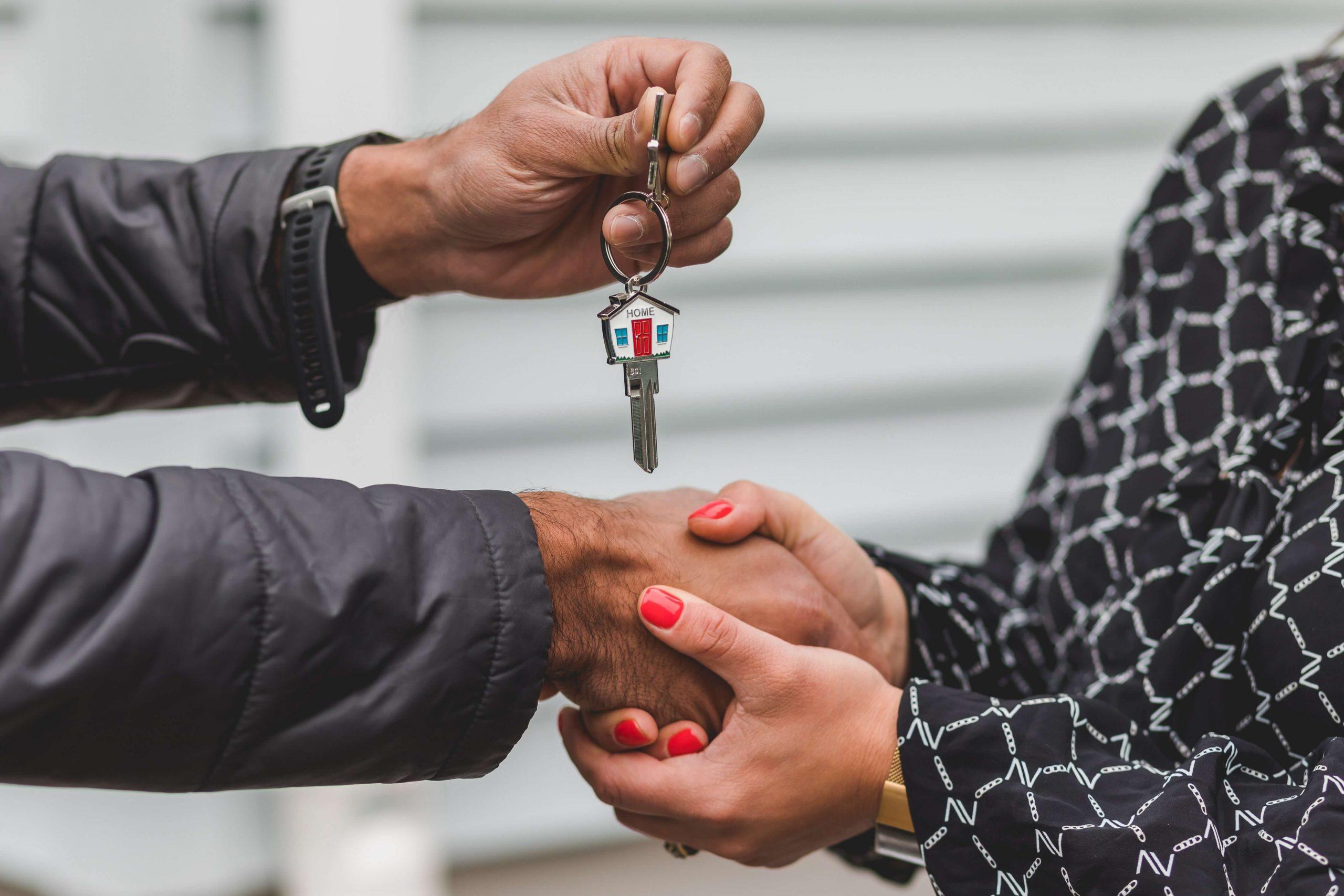 entrega de llaves para evitar desalojo de la vivienda en lanzamiento de desahucio