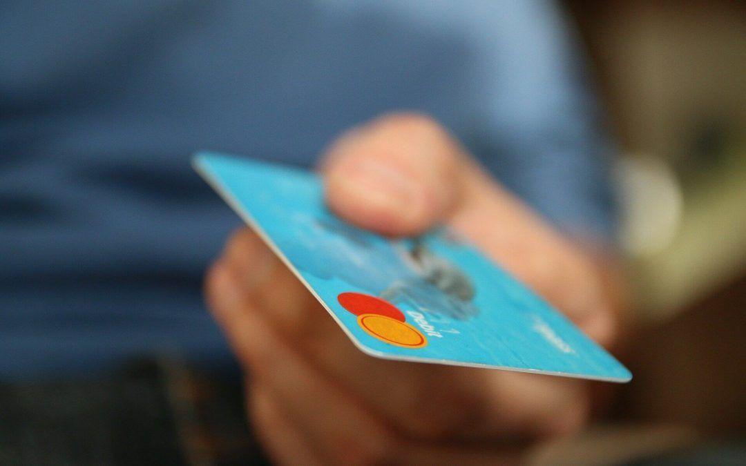 ¿Qué son las tarjetas revolving y qué se puede reclamar?